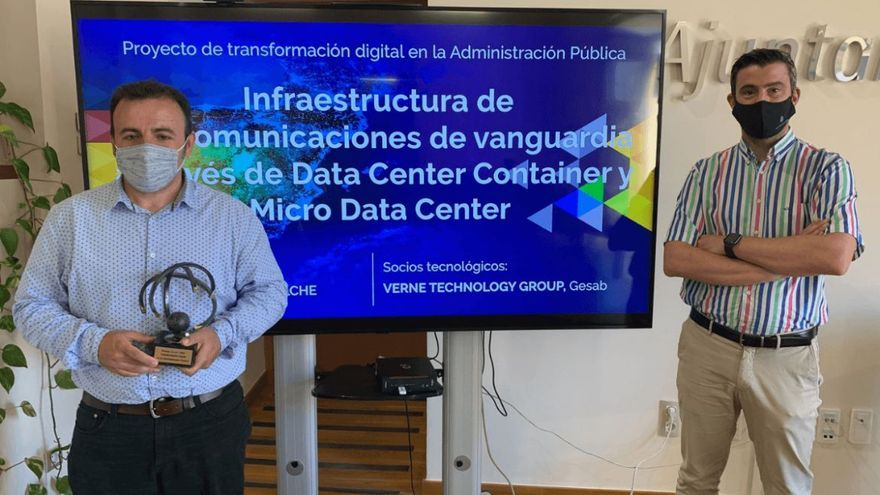 El Ayuntamiento de Elche recibe el premio nacional a la Mejora de la Atención Ciudadana Digital