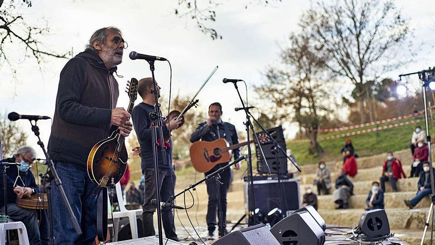 """Milladoiro cumple 4 décadas con la promesa de """"10 años más de actuaciones y discos"""""""