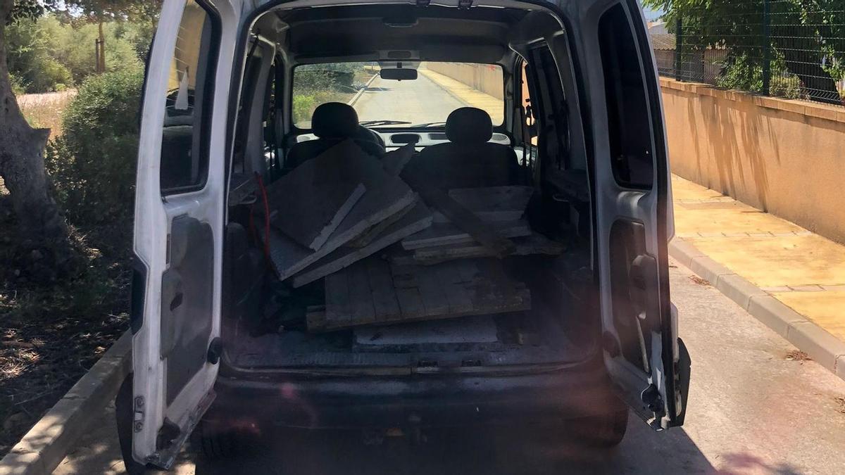 Vertido ilegal de escombros en Marratxí