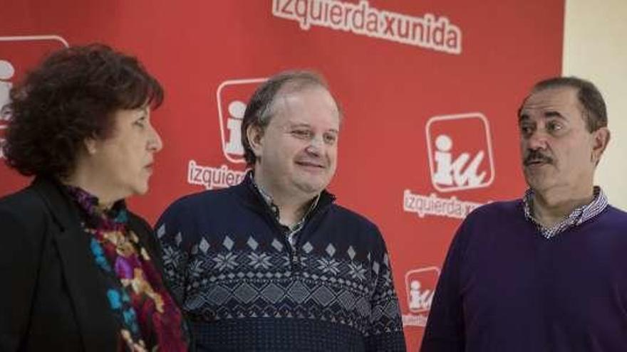 """Los críticos de IU agitan el """"riesgo de ruptura"""" y piden diálogo"""