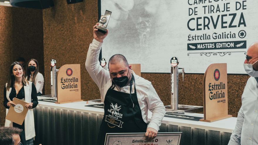David Tena se impone en el Campeonato Nacional Estrella Galicia de tiraje de cerveza
