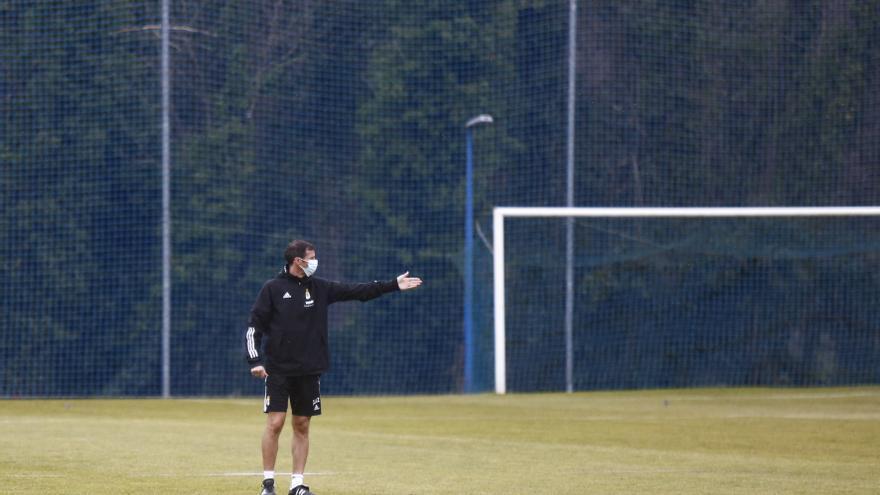 El análisis del momento azul: al Oviedo no le llega con empatar pese a que casi no pierde