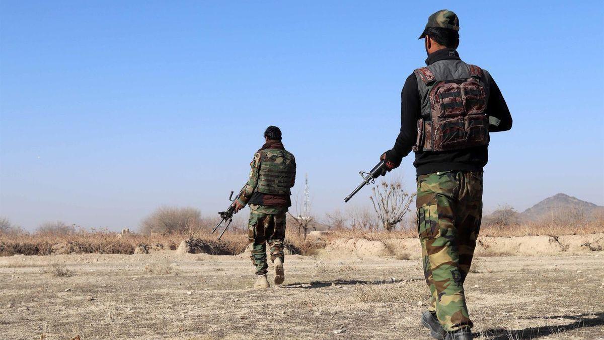 Al menos 14 militares mueren en un atentado con coche bomba al este de Afganistán