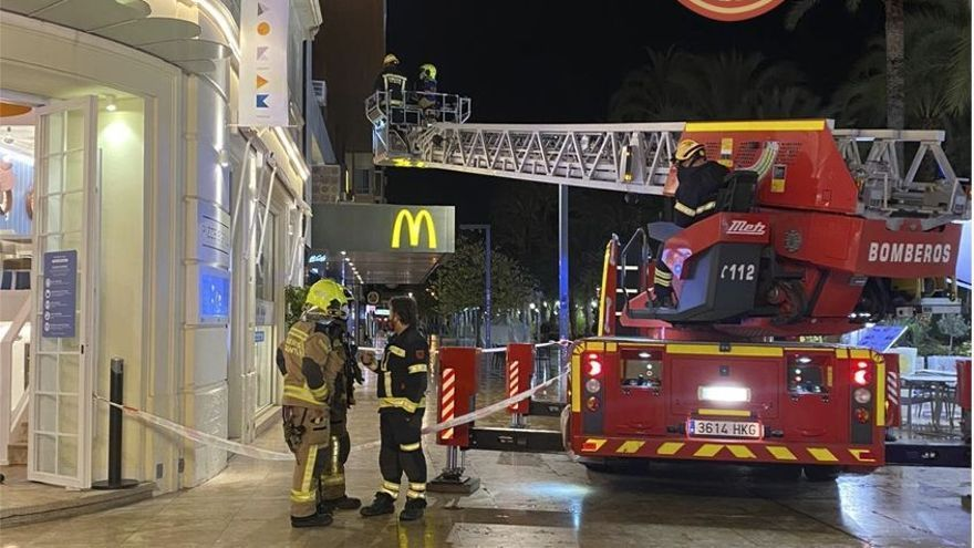 Extinguido un incendio en un local de ocio de Alicante esta madrugada