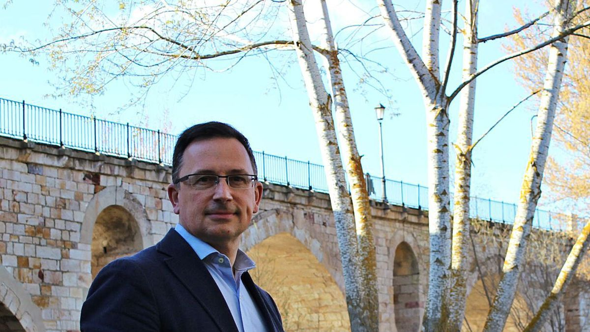 Javier Manteca, candidato a presidir el Colegio de Ingenieros Técnicos (Ingenieros Civiles) de España.