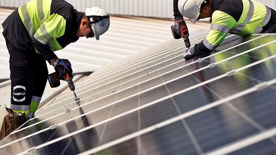Isastur construirá otras dos centrales solares en El Salvador