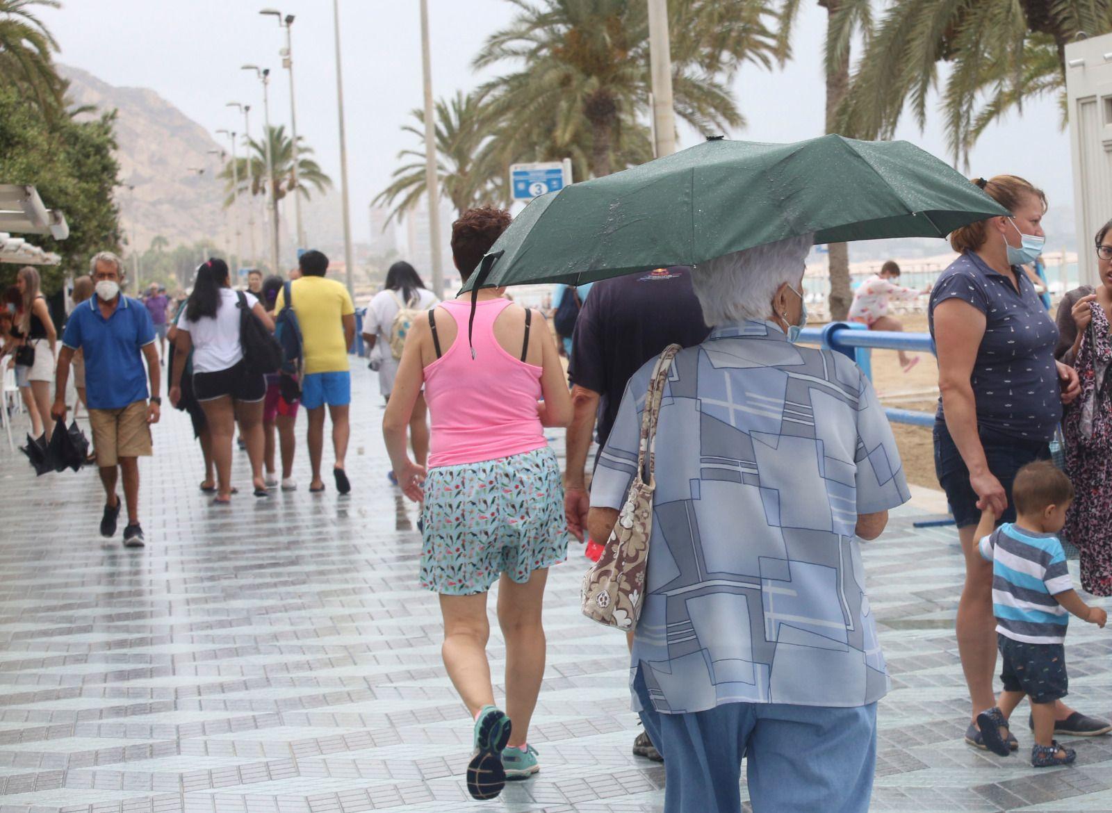 Lluvias calientes en el litoral de Alicante