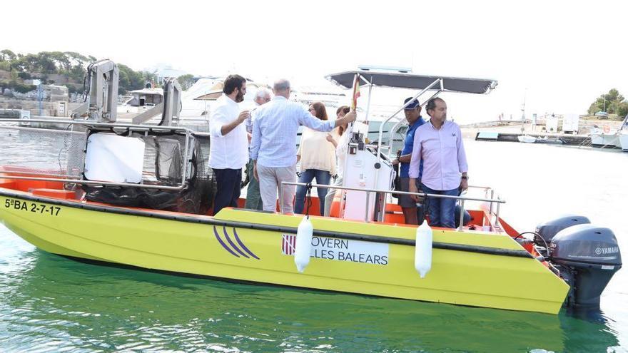 Mit der Badesaison beginnt auch die Arbeit der Müllboote