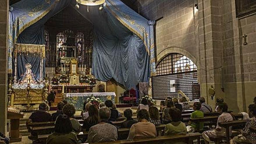 La Virgen del Tránsito sale en procesión por su cuarto centenario