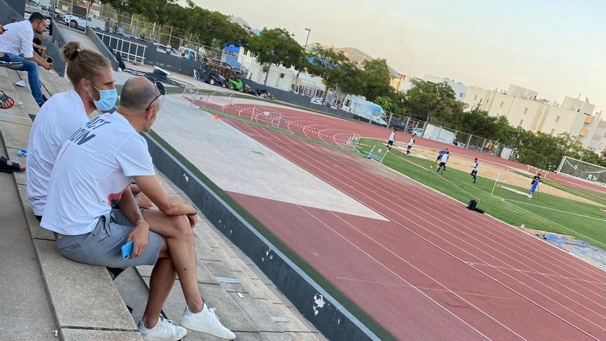 Raúl Albentosa, otro central de Primera para la UD Ibiza