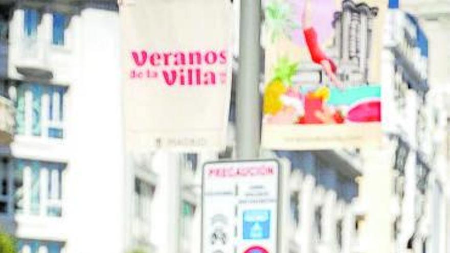 La gallega Lara Lars decora el verano de Madrid