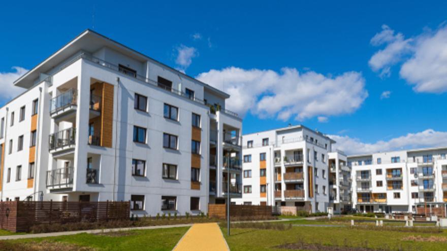 Pisos con terraza o viviendas unifamiliares con jardín, ¿qué prefieres?