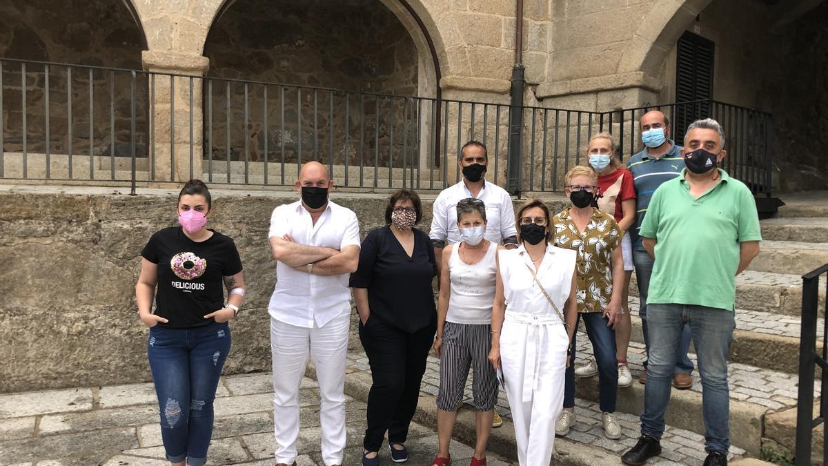 Reunión de los hostelero de Fermoselle con el responsanle del proyecto Villa del Vino