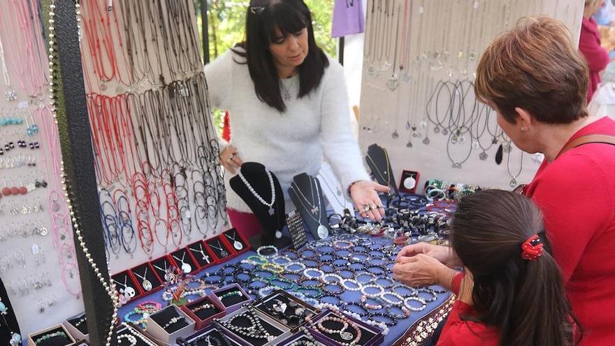 Los mercadillos artesanales de Málaga se reanudan este fin de semana