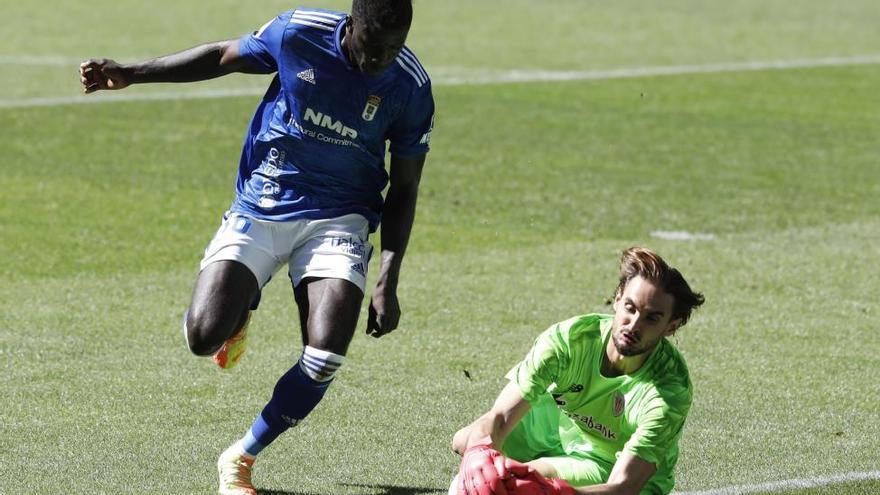 El Oviedo iguala con el Athletic luciendo un buen ataque