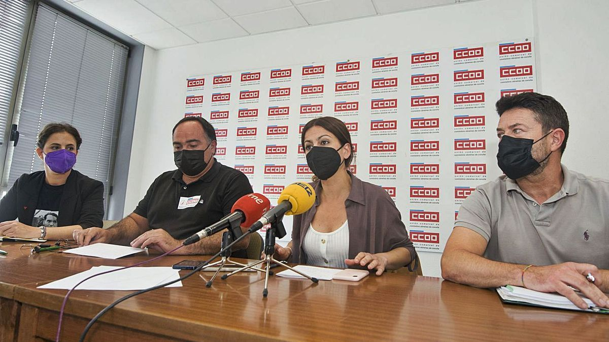 Carmen Armada, Víctor Ledo, Sira Rego y Juan Carlos Corbacho, ayer.