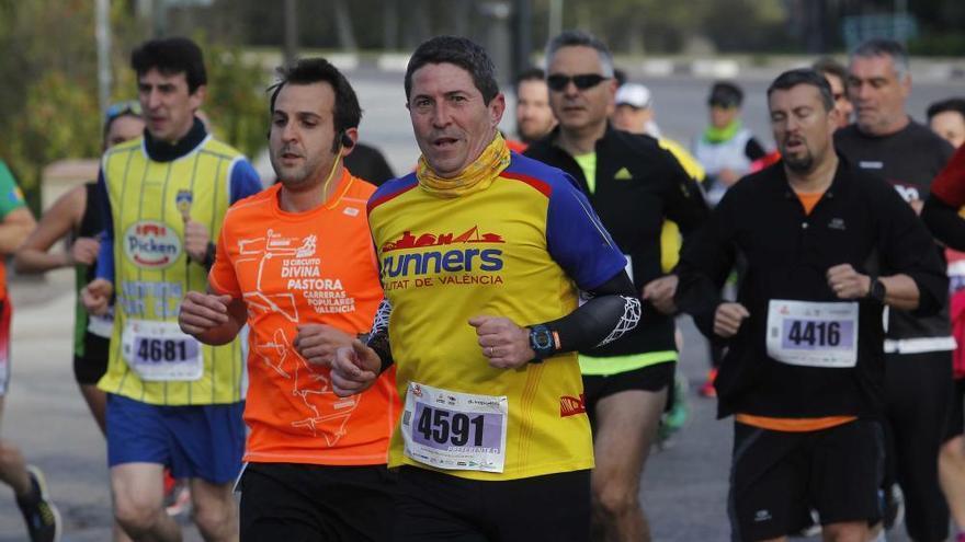 Benslimane y Ayachi ganaron en la carrera de la Universitat de València