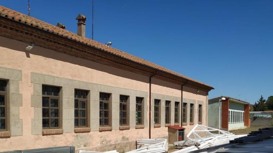 Sayagua reparte material sanitario al centro de salud y residencias de la comarca