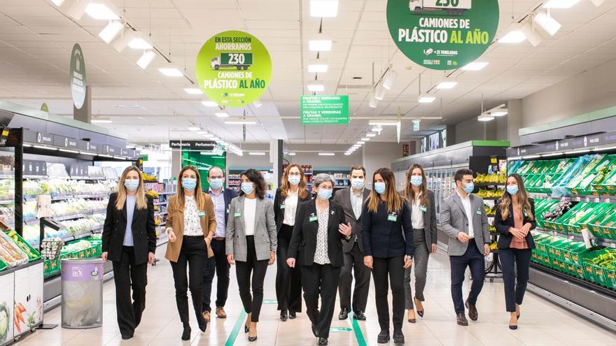 Mercadona invertirá más de 140 millones de euros en los próximos cinco años para reducir el plástico