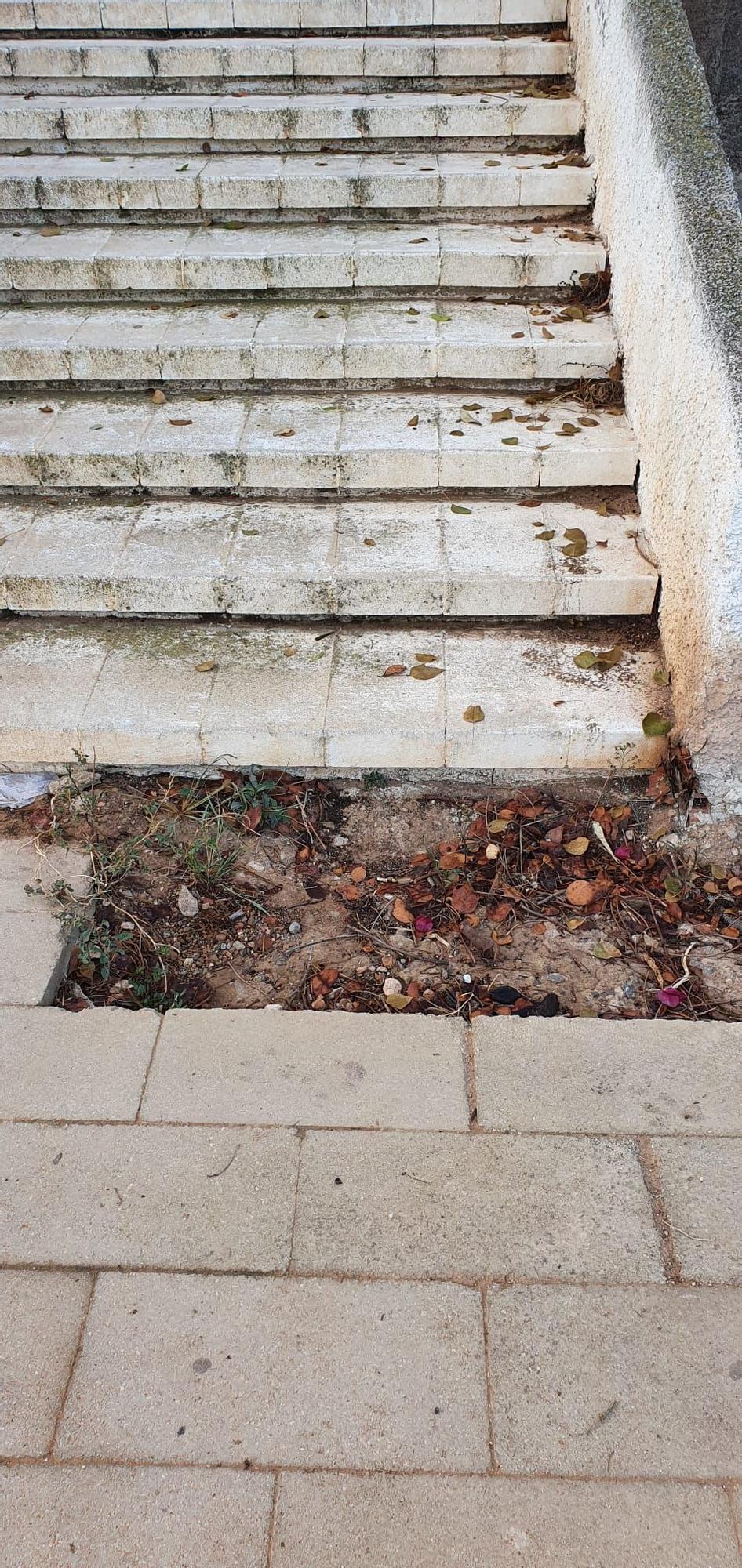 50B Regia Escalera acceso rambla1.jpg