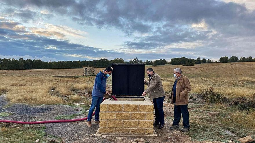 Un pozo de sondeo zanja los problemas de contaminación de agua en Fornillos