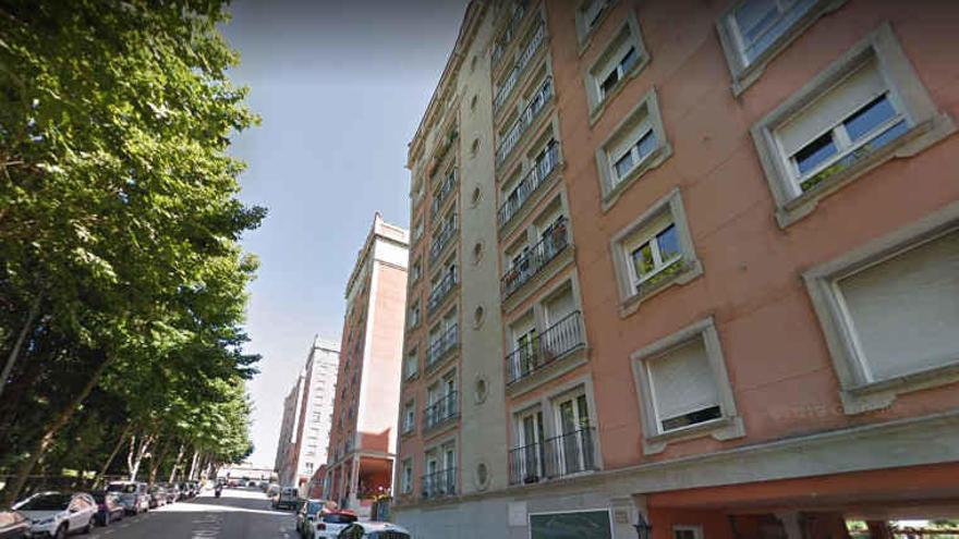 Desalojan un edificio en Vigo por un incendio