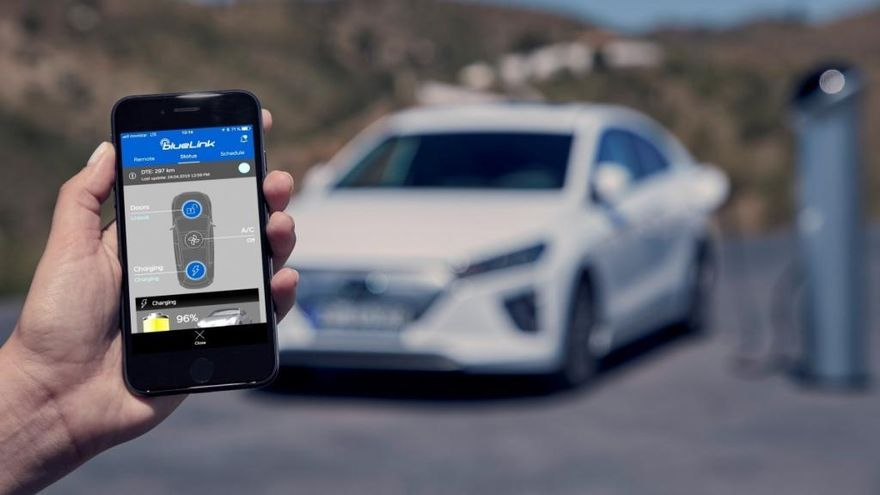 Hyundai conecta su gama a la tecnología Bluelink Connected Car Services