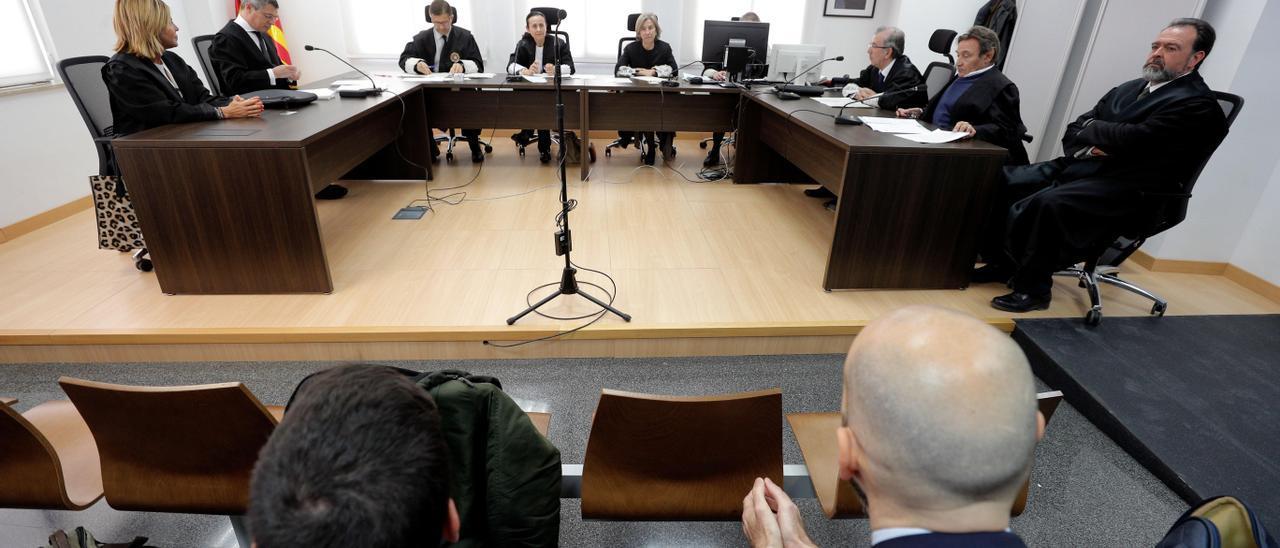 Un momento de la vista celebrada el pasado marzo en el TSJ, donde se apeló el fallo de la Audiencia de Alicante.