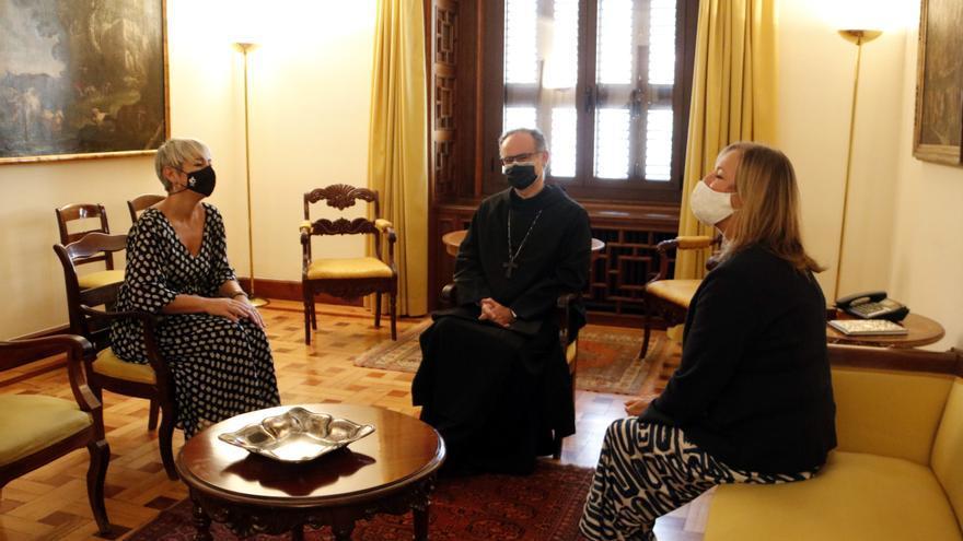 """La consellera de Justícia es reuneix amb el nou pare abat de Montserrat i destaca el seu """"compromís amb la democràcia"""""""