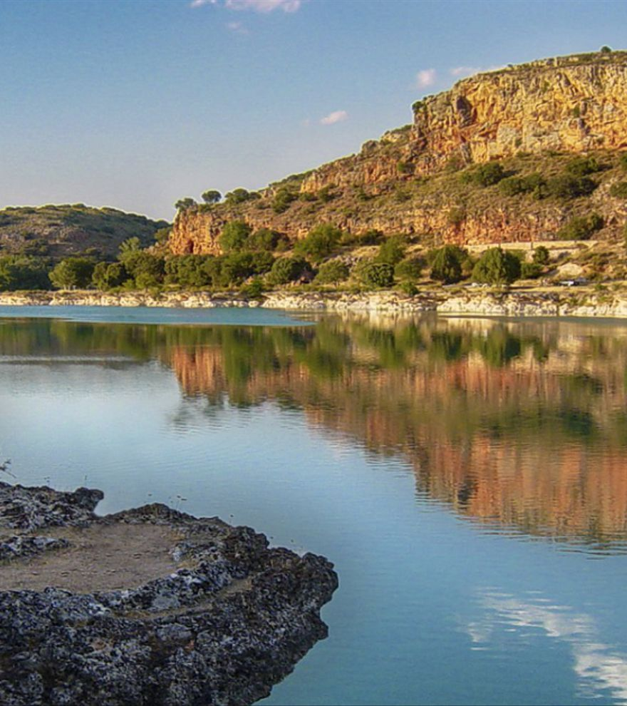 Las mejores playas de interior de España para visitar este verano