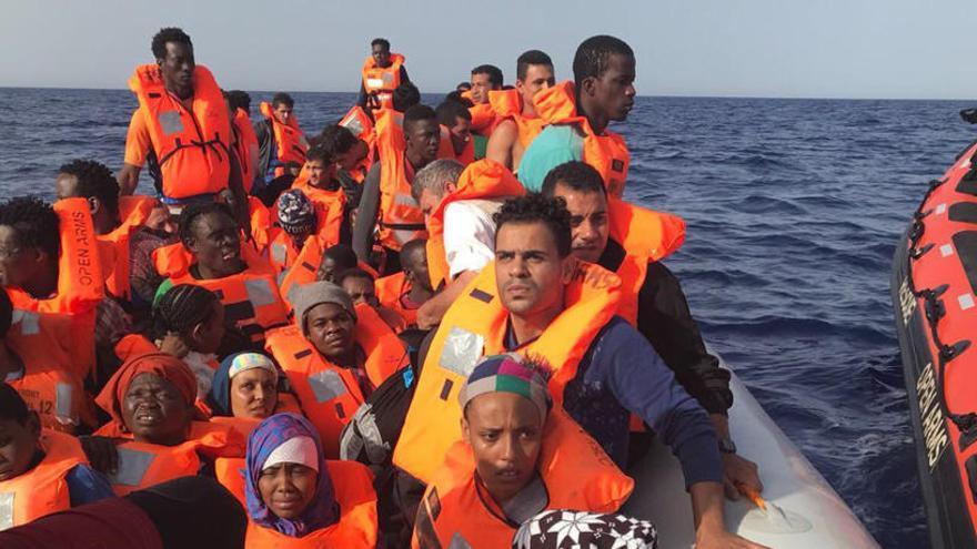 El govern espanyol autoritza Open Arms a desembarcar a Barcelona els 59 rescatats a prop de Líbia