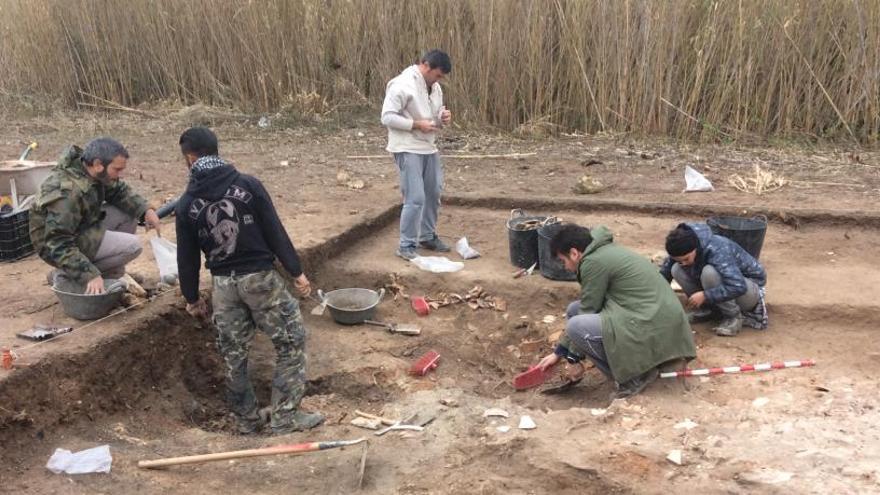 Descubren en Gata una gran factoría romana de ánforas de vino y cerámicas