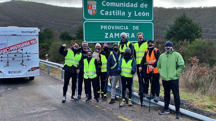 Los hosteleros reciben el apoyo de Pérez Esquivel, premio Nobel de la Paz