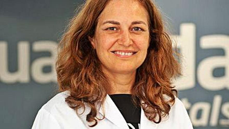 Juaneda ficha  a la ginecóloga María José Manzano