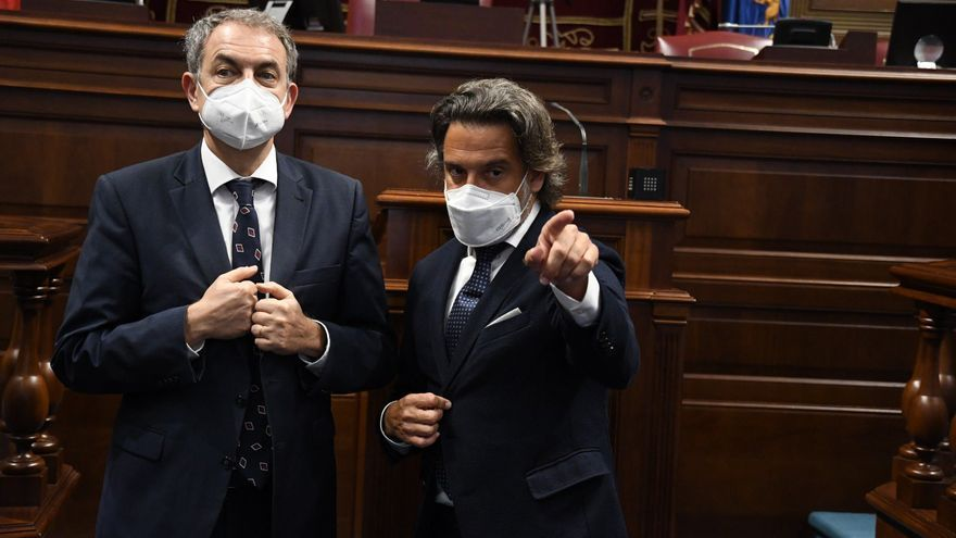 Zapatero, de visita en el Parlamento de Canarias