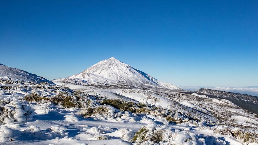 Impresionantes imágenes de Daniel López del Teide nevado