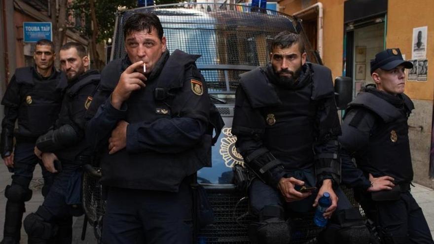 """Los policías hablan sobre la serie 'Antidisturbios': """"Si le gusta a Rufián, ponte en lo peor"""""""