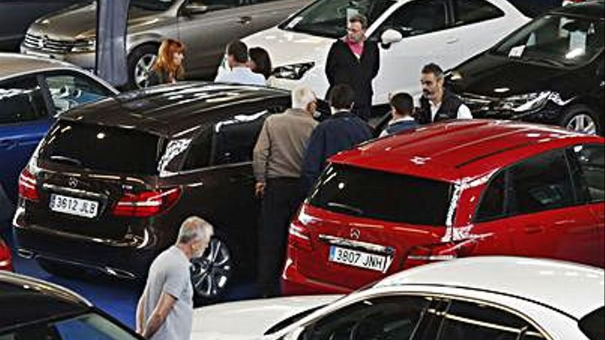 La venta de coches de ocasión cayó en Asturias el 12,7%