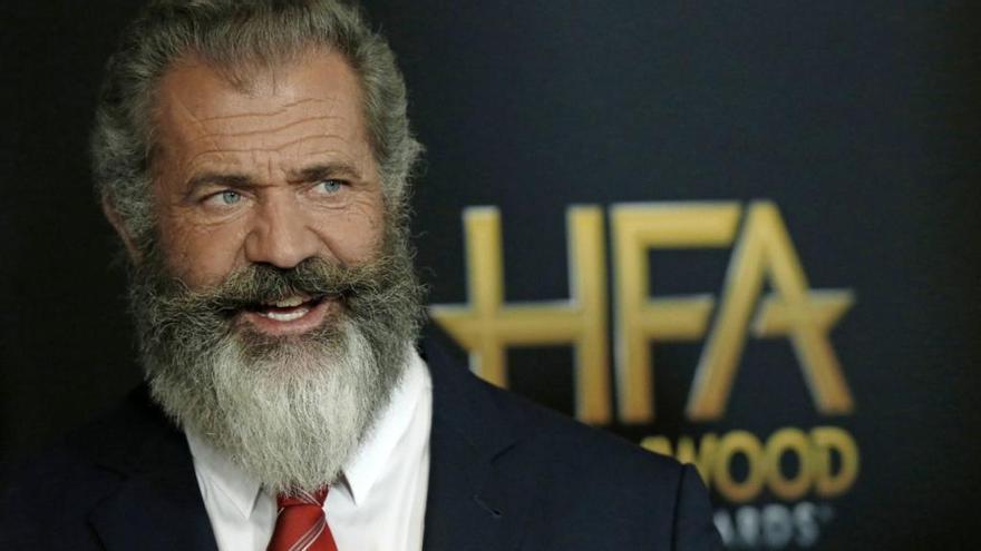 Mel Gibson se pasa a la televisión con «Dancing Bear»
