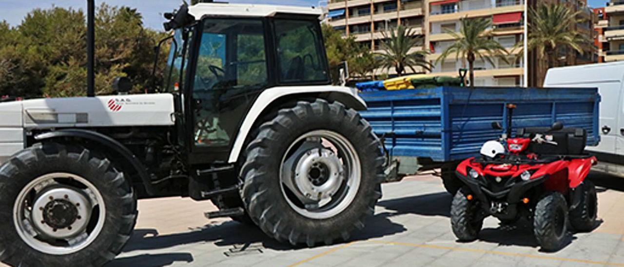 Un tractor utilizado por la SAG como parte del dispositivo de Playas.   LEVANTE-EMV