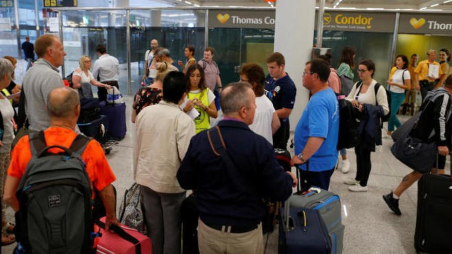 Bundesregierung verspricht Staatshilfe für Opfer der Thomas-Cook-Pleite