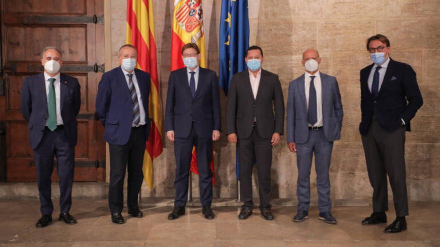Los clubes valencianos piden que se vacune a sus jugadores antes de empezar LaLiga