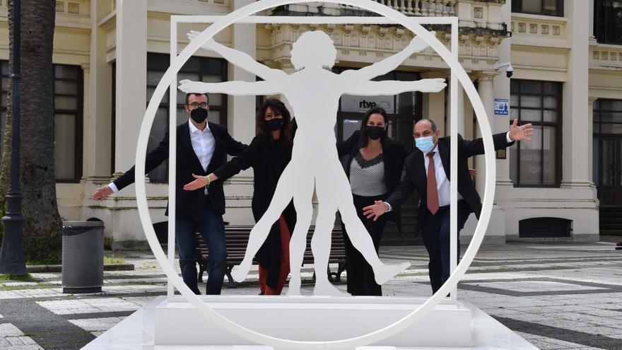 Exposición sobre Leonardo da Vinci en los jardines de Méndez Núñez