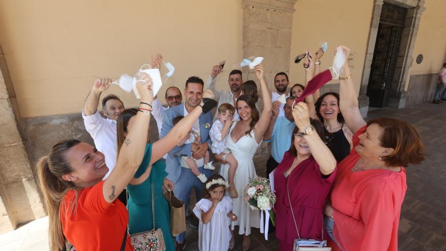 La pandemia del covid deja más rupturas que bodas en Castellón