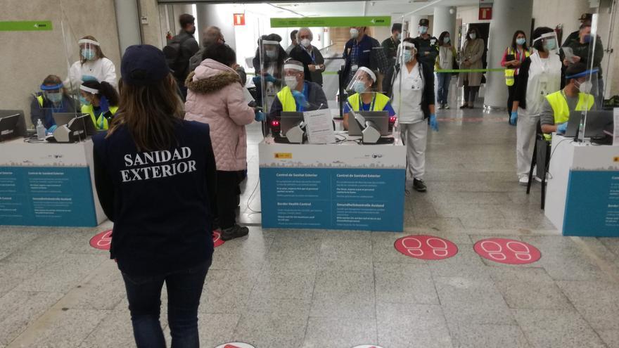 El Govern pone en marcha el dispositivo de PCR para los mallorquines que regresen por el puente