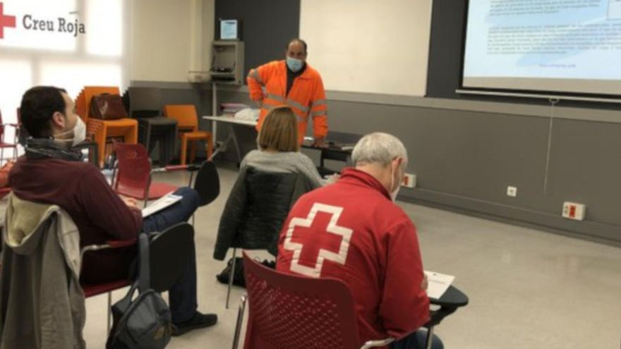 320 persones troben feina gràcies a Creu Roja el darrer any a les comarques de Girona, malgrat la pandèmia