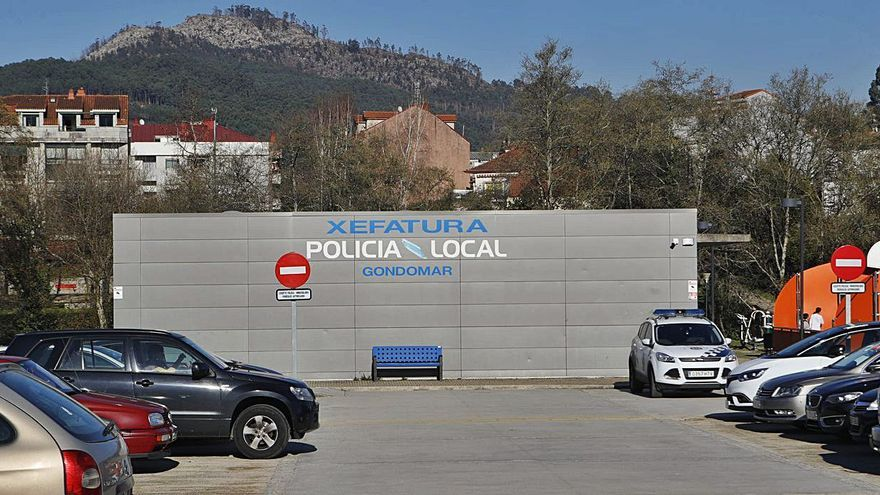El juez avala al alcalde de Gondomar para obligar a la Policía a trabajar ocho horas