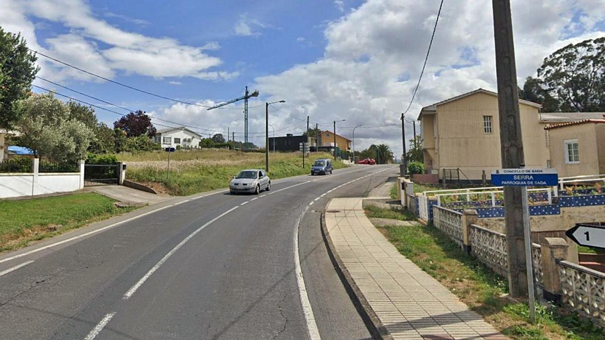 La parcela en la que está proyectada la gasolinera,  a la izquierda, en los terrenos vacantes. |   // LA OPINIÓN