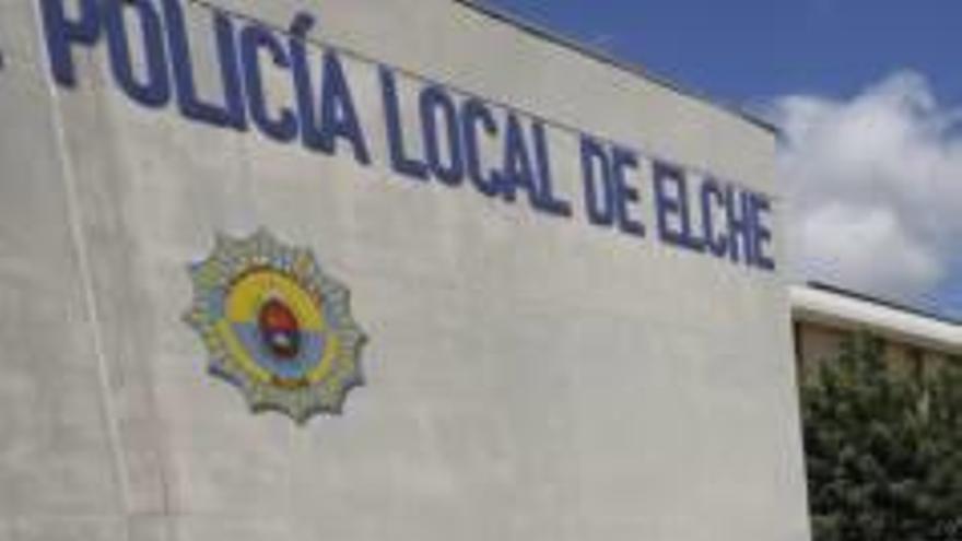 Tres mujeres detenidas por agredir a la Policía Local de Elche