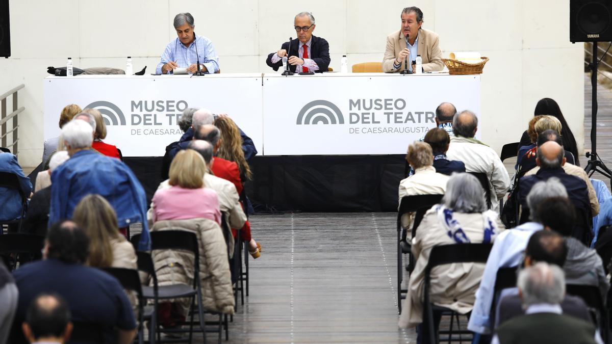 Luis Alberto de Cuenca ha intervenido en el último día de las jornadas de novela histórica.